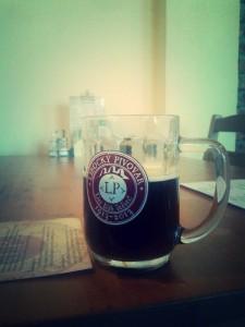 cerny patek v pivovaru